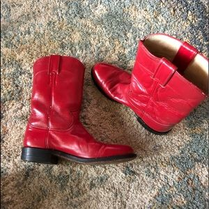 Justin women's red boots size 6.5